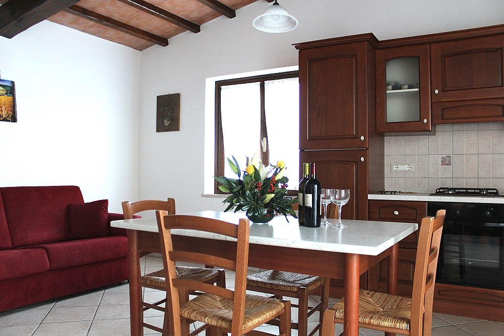 Depandance casa vacanze ribocchi for Sala da pranzo veranda